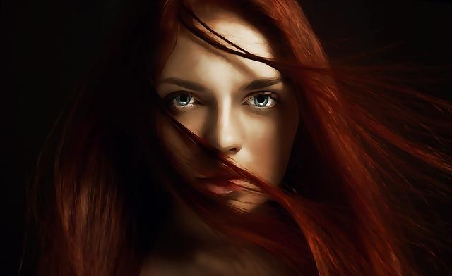žena s krásnými vlasy