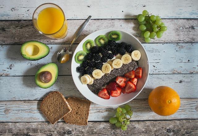 ovocná snídaně